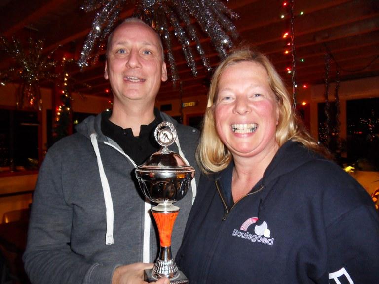 Gretha Hoekstra en Frans Jan Hengst  doubletten kampioen bij Boulegoed