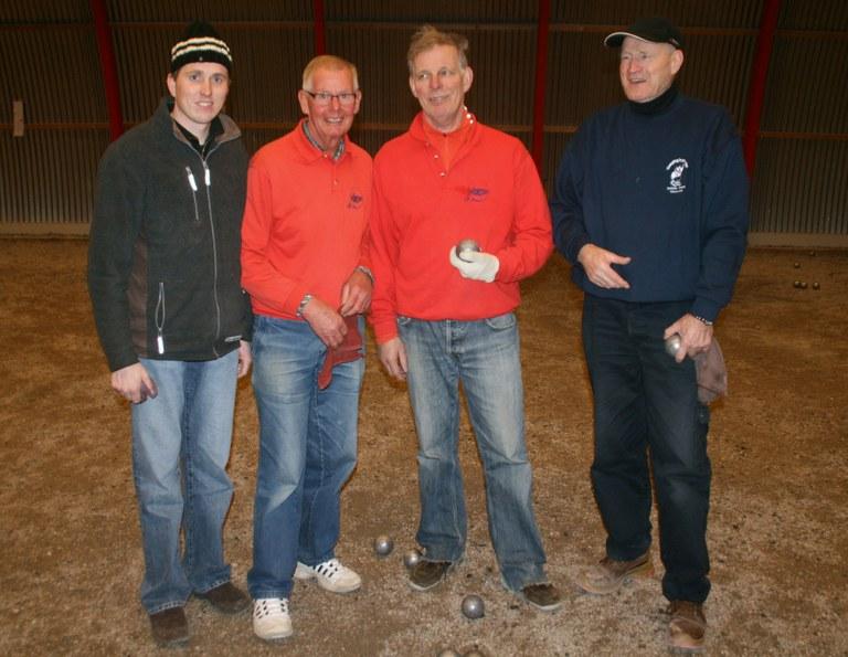 Martin Bakker wint met Cor van Kollenburg bij Boulegoed